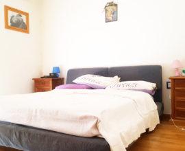 CALENZANO - Appartamento 3,5 vani con taverna e giardino.