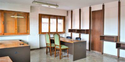 FIRENZE - Novoli ufficio in vendita.