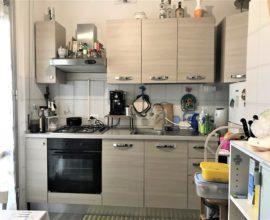 SESTO FIORENTINO - Centro appartamento di 3 vani con cantina.