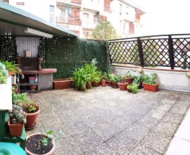 CAMPI BISENZIO -Appartamento 4 vani ristrutturato con terrazza abitabile.