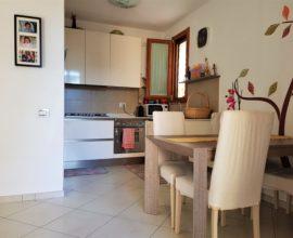 SESTO FIORENTINO -Camporella 3,5 vani con box auto e terrazza abitabile.