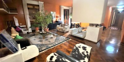 PRATO - Zona Ciliani appartamento di 7 vani.
