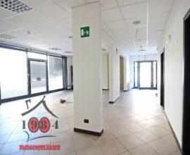 CALENZANO-Ufficio di 200 mq in affitto.